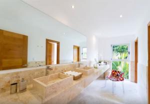 Éclairage d'une salle de bains